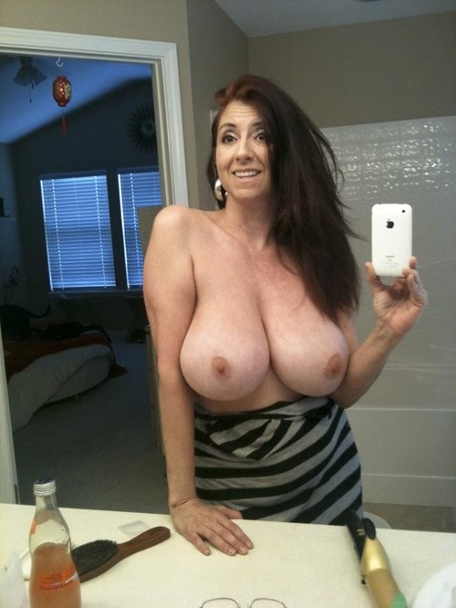Hot Brunette Milf Big Tits