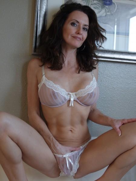Sexy naked tenten naruto