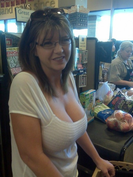 sexy mom from the supermarket