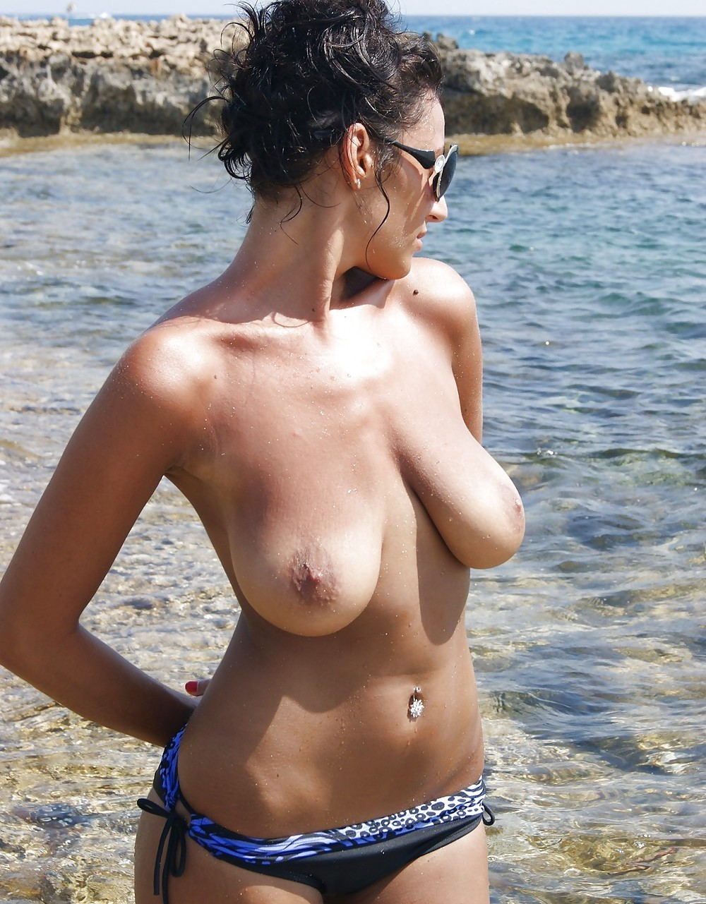 Huge Tits At The Beach
