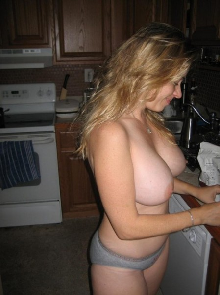 Free nude thick wet pussy white woman