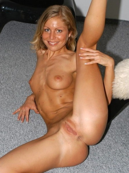 Nude aussie girl web cam pic