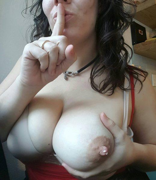 Natural boobs milf pics