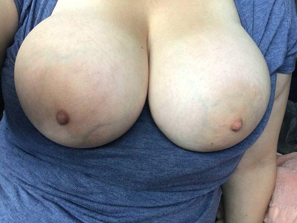 Big full engorged amateur MILF boobs